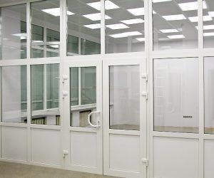 окна, двери, перегородки из ПВХ и алюминиевого профиля